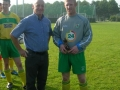 Denis Kelly receives his divisional player of the year award for season 2007/08